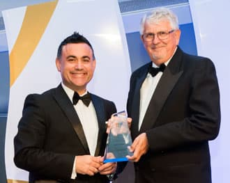 Ken receives award from NSW Minister for Tourism